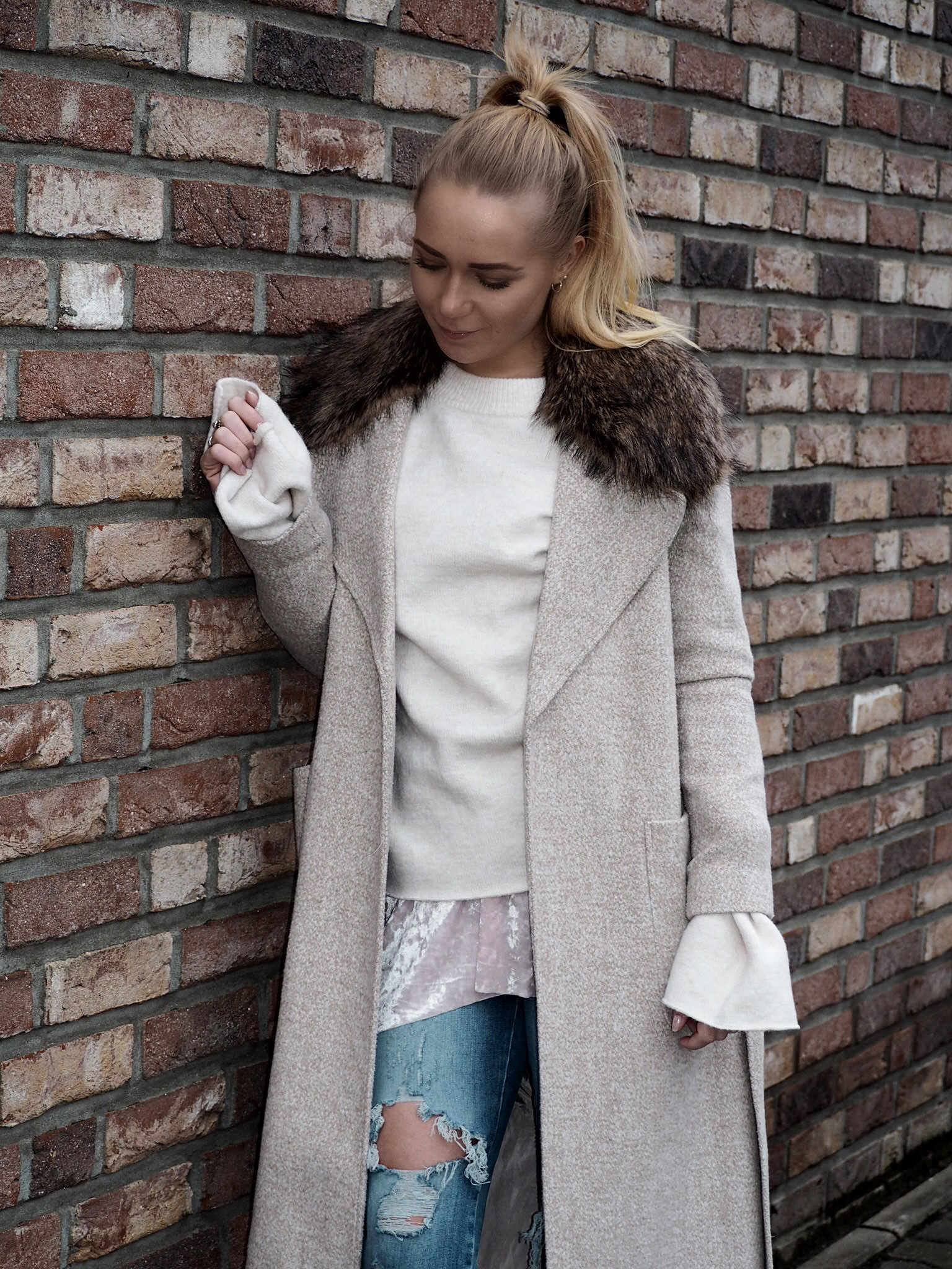 Trendreport: Maxi coat & velvet Boots