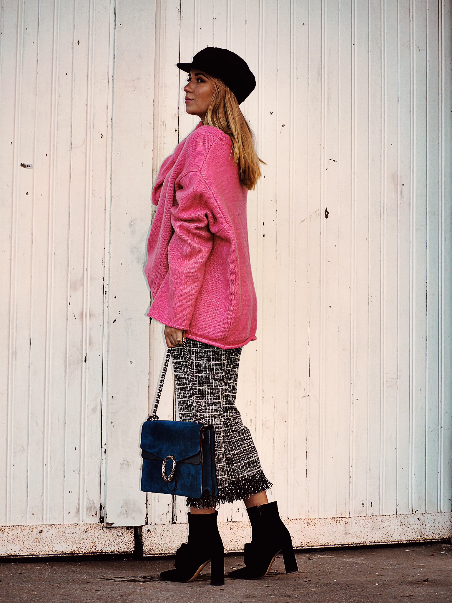 Outfit: pink sweater & culottes